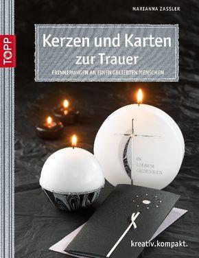 Kerzen und Karten zur Trauer