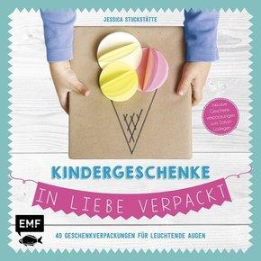 Kindergeschenke in Liebe verpackt