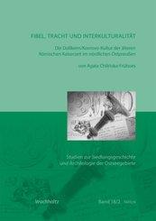 Fibel, Tracht und Interkulturalität